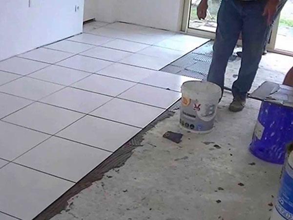Pavimenti-bagno-casa-formigine